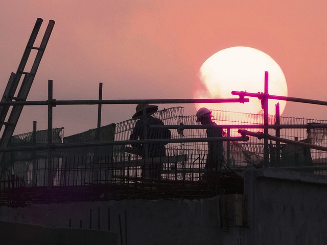 くるか?建設業者≒許可業者の時代